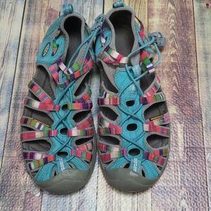 Keen waterproof sandals size 5